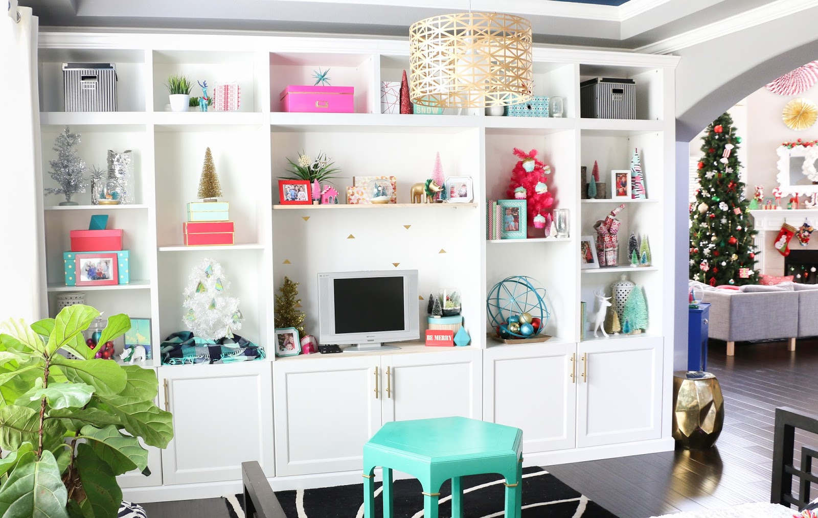 Christmas Home Tour Part 1 - The Built-ins - A Kailo Chic Life