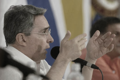 Álvaro Uribe Vélez | Atentado | Copolitica