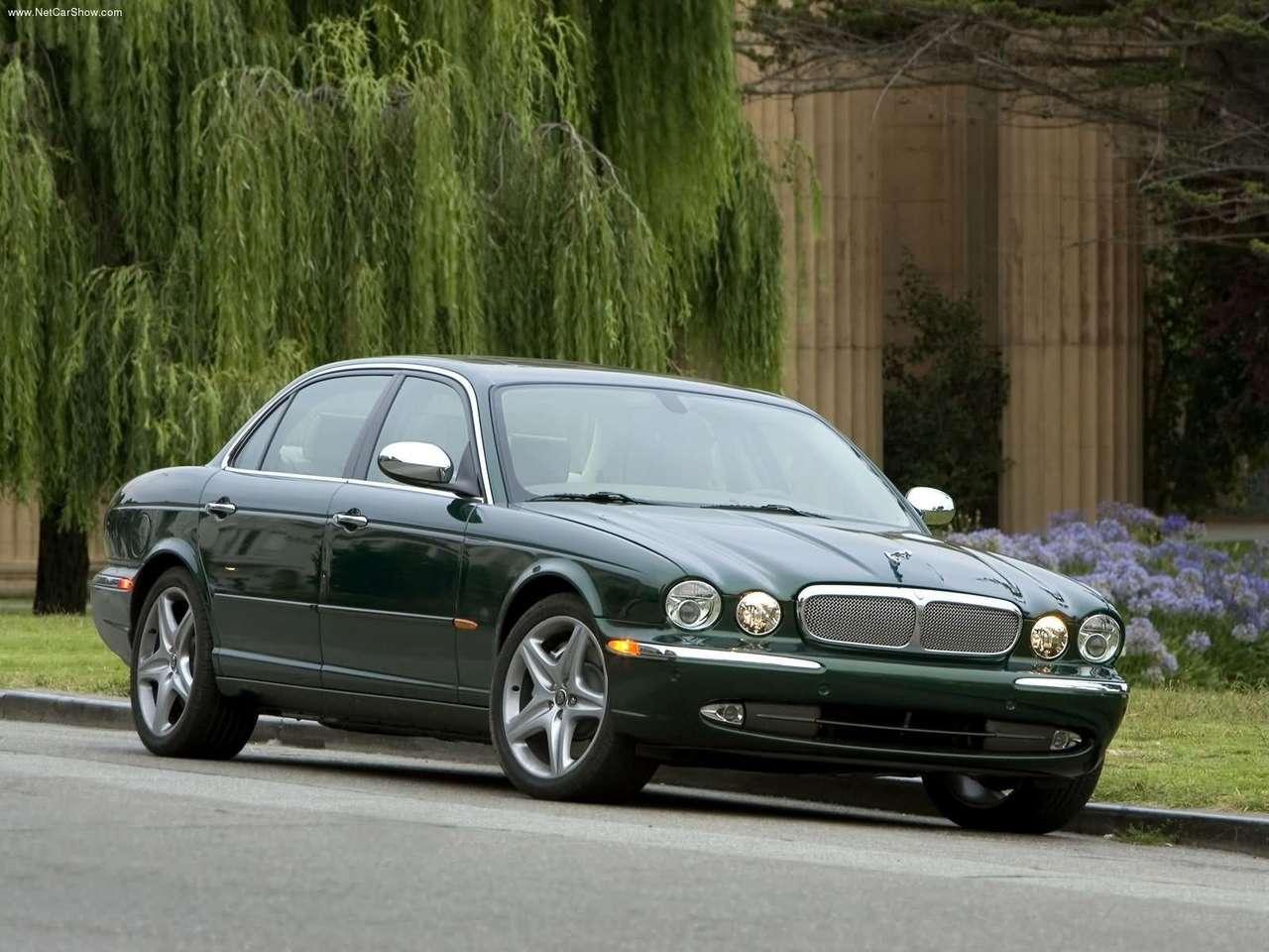 http://3.bp.blogspot.com/-y8dBZDqo2ZM/TZljufHyjUI/AAAAAAAACfk/URpisX_A6n0/s1600/Jaguar-XJ_Super_V8_2005_1280x960_wallpaper_08.jpg