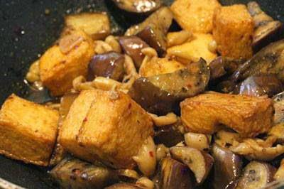 Vietnamese Salad Recipes - Đậu Phụ Xào Cà Tím và Nấm