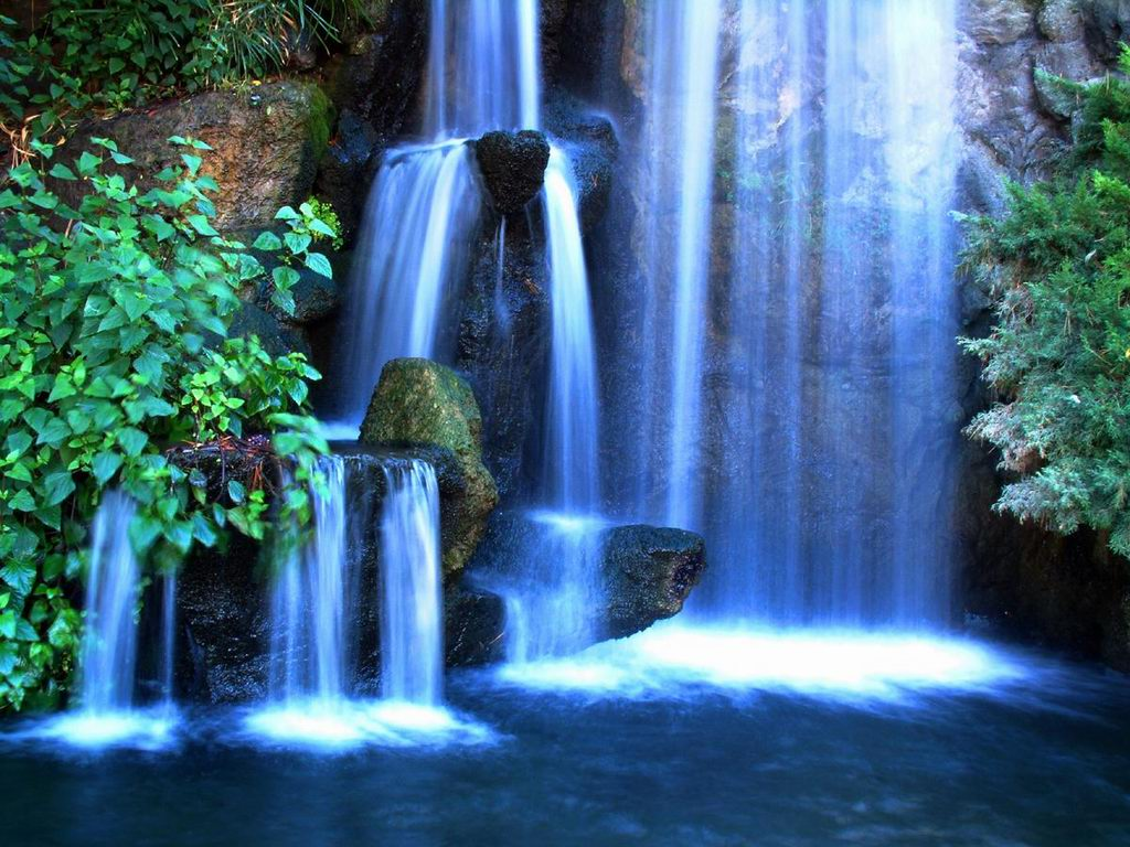 Free Waterfall Desktop