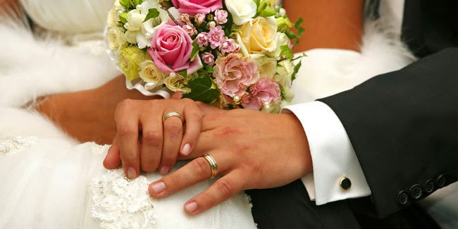 Mitos, Mengapa Cincin Pernikahan di Taruh di Jari Manis