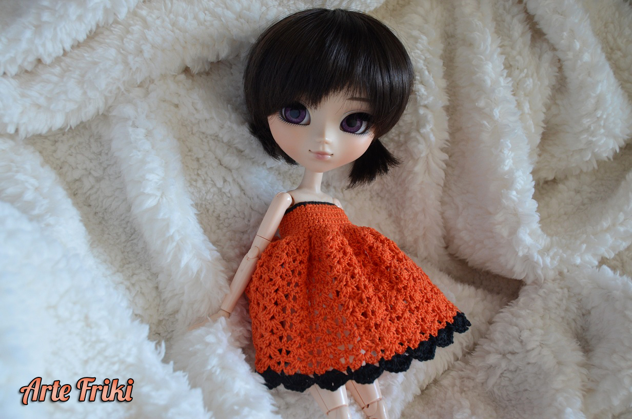 vestido crochet ganchillo pullip ddalgi barbie blythe patron pattern gratis free cute kawaii español spanish tutorial paso a paso how to videotutorial doll muñeca