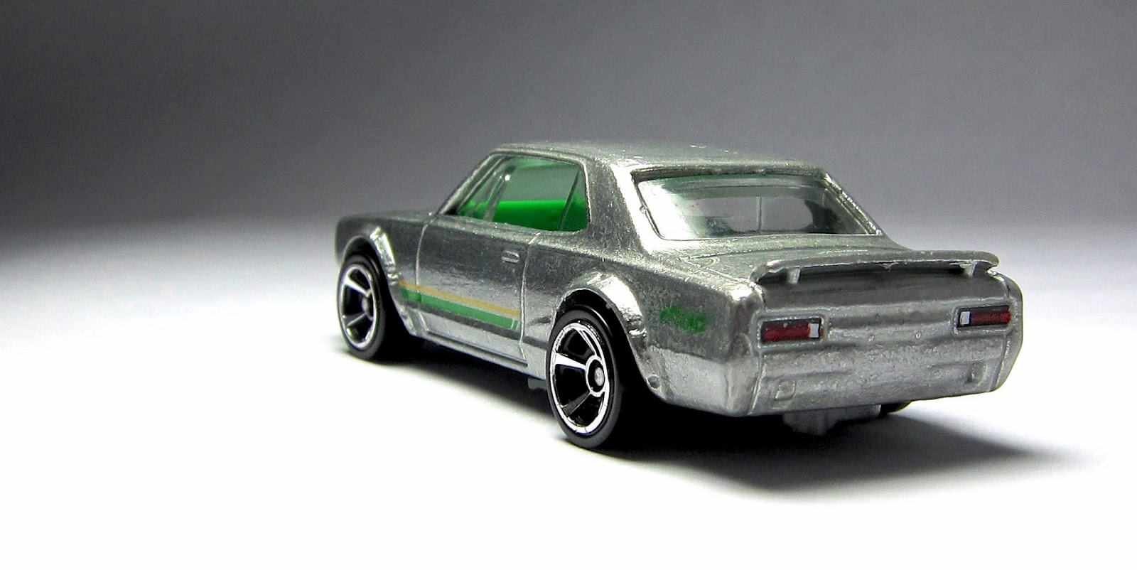 Hot Wheels Nissan Skyline H/T 2000GT-X, '70 Chevy Chevelle, and '67 ...