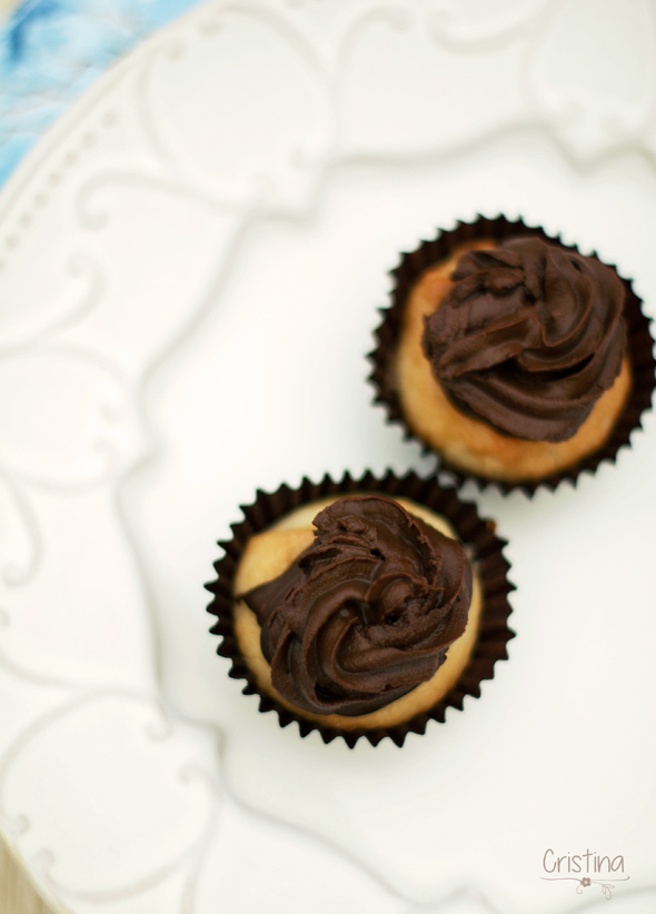 Mini cupcakes de almendra y chocolate