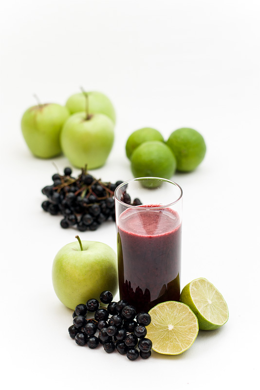 Aronia apple lime juice front