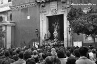 Hasta el 1 de abril de 2012 'Cofrades. El genio de un pueblo' en la sede de Diario de Sevilla