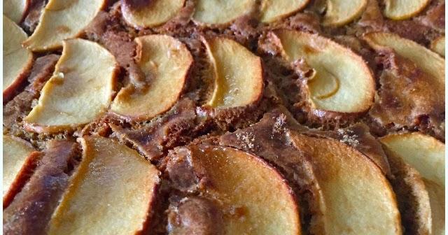 Apple Cinnamon Cakes With Crumble