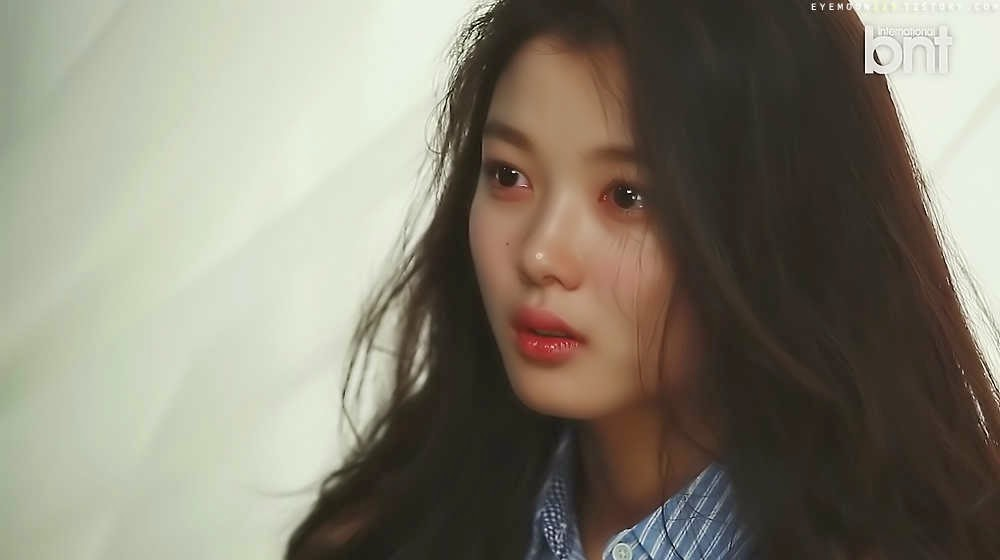 출처:해적 haezuk.com 화보 촬영하는 김유정