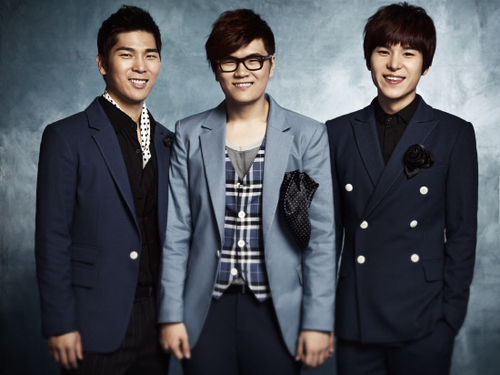 """4MEN  """"Propose Song"""" Şarkılarının Tanıtım Videosu Yayınlandı   ///  3 Mayıs 2013"""