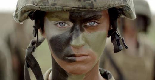 Part of Me Katy Perry: El uso de los vídeos musicales para reclutar nuevos soldados