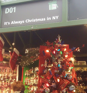 Davis day trips it 39 s always christmas in new york city for Christmas day in new york