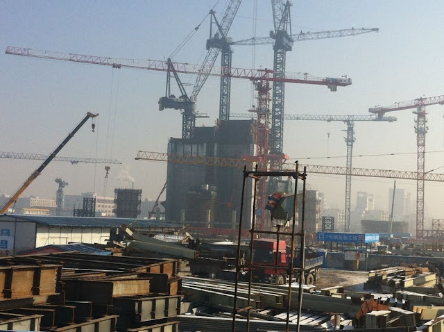 Picture of the Goldin Finance 117 Tower under construction