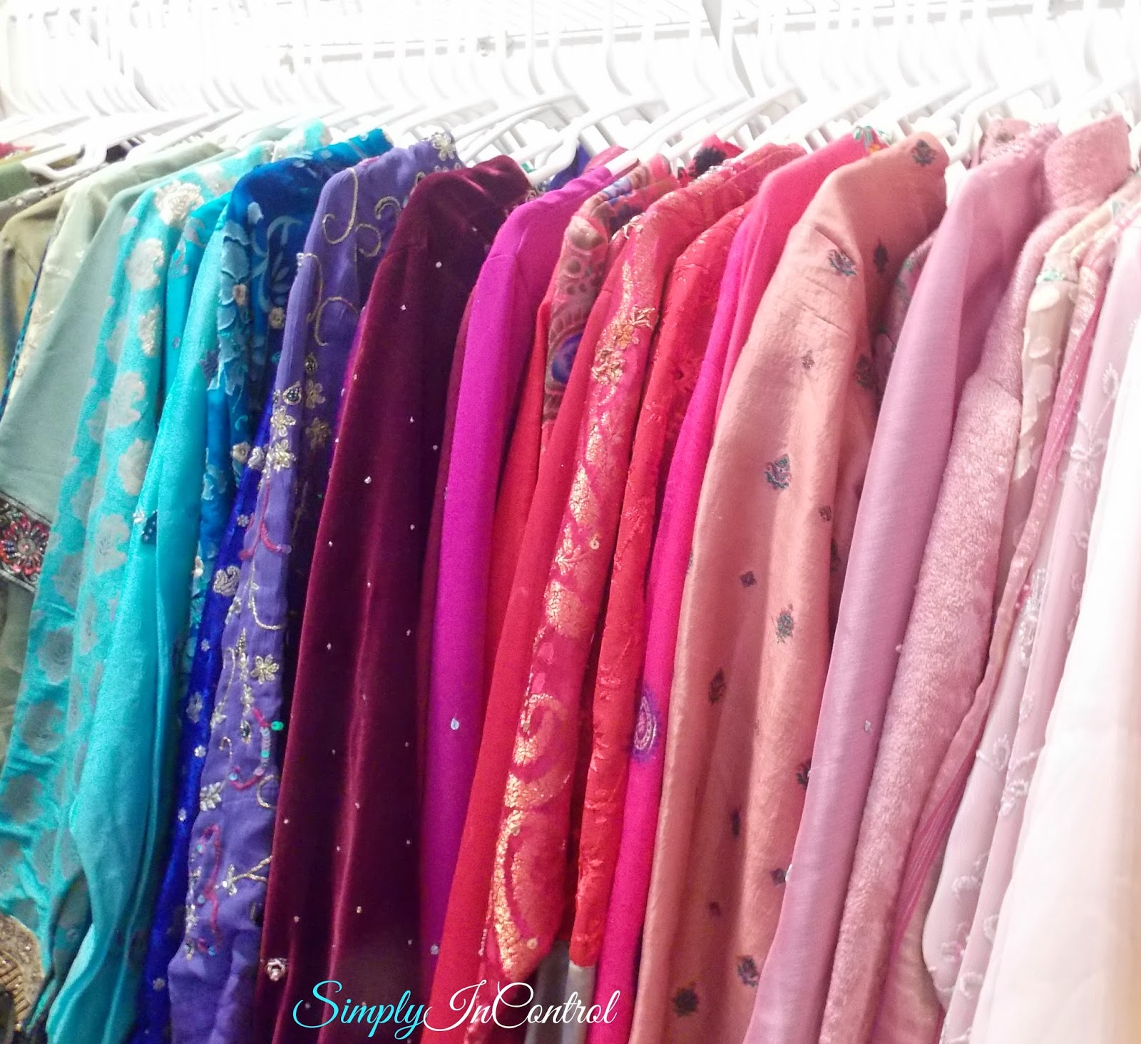 How To Organize My Closet On A Budget Clothes You By Color