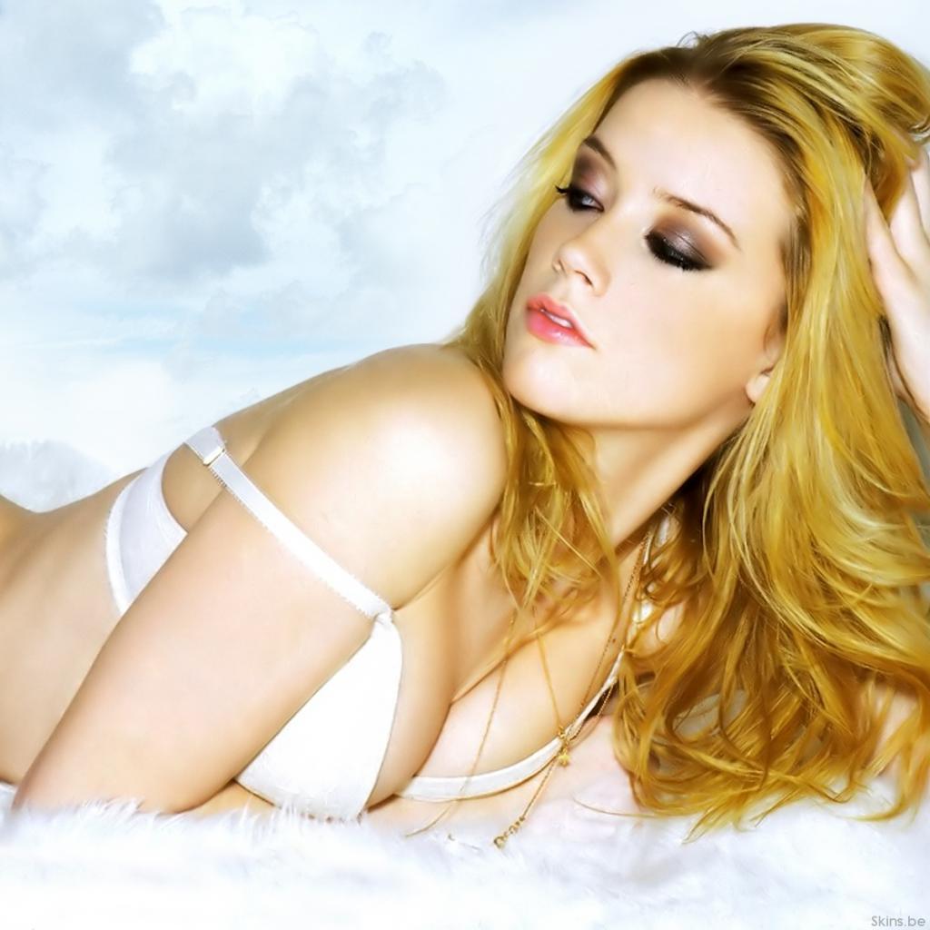 http://3.bp.blogspot.com/-yAa5Lsf6E9g/TzMH0za36-I/AAAAAAAAAwo/KNcA_I9207U/s1600/Amber-Heard-images.jpg