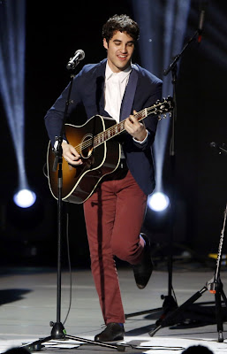 Darren Criss Hollywood Young Actor And Singer Short Personal Information And Nice Pictures And Wallpapers.