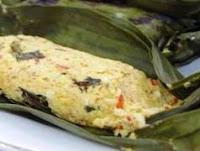 Perpaduan tahu dengan ikan teri menambah kenikmatan masakan dalam cara membuat pepes tahu RESEP PEPES TAHU TERI