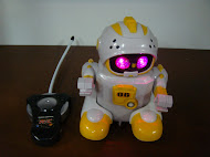New Yellow Robot Radio Control with Light &amp; Music RM38 only!!!