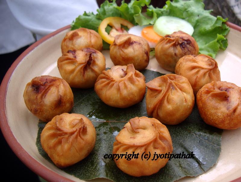 Taste of nepal momos or dumplings deep fried momo forumfinder Images