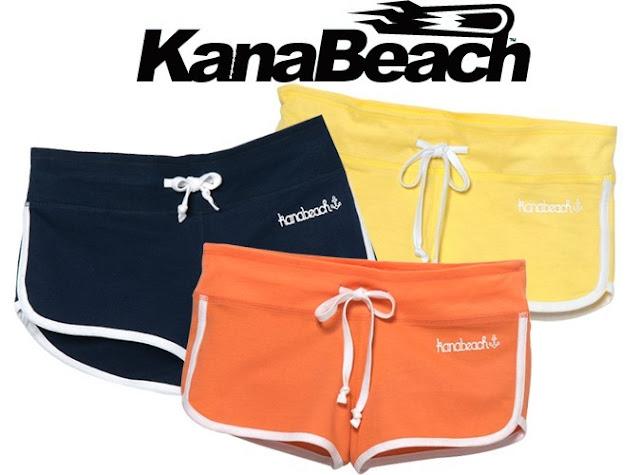 un short sporty KanaBeach avec le magazine Public