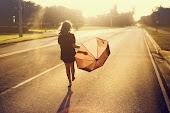 """""""Nas asas do destino buscarei um novo horizonte para recomeçar minha estrada."""""""