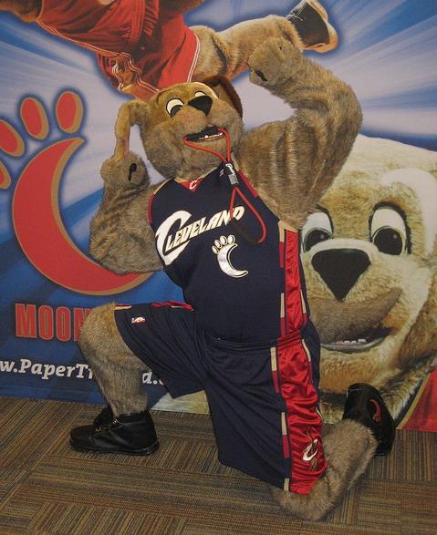 Moondog mascot Cleveland Cavaliers NBA