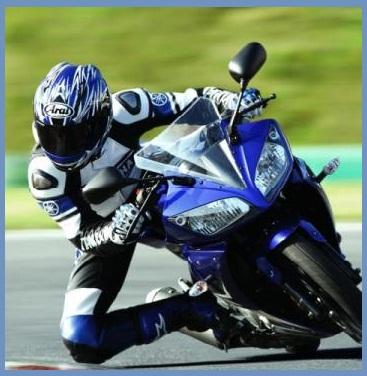 Kumpulan Gambar Modifikasi Motor Yamaha YZF R15 2011.jpg