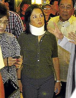 Arroyo Ditangkap Saat Akan ke Singapura