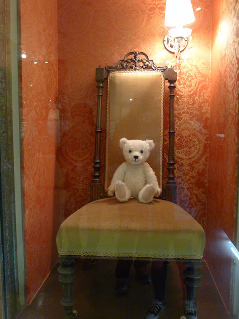 teddy bear museum princess hours