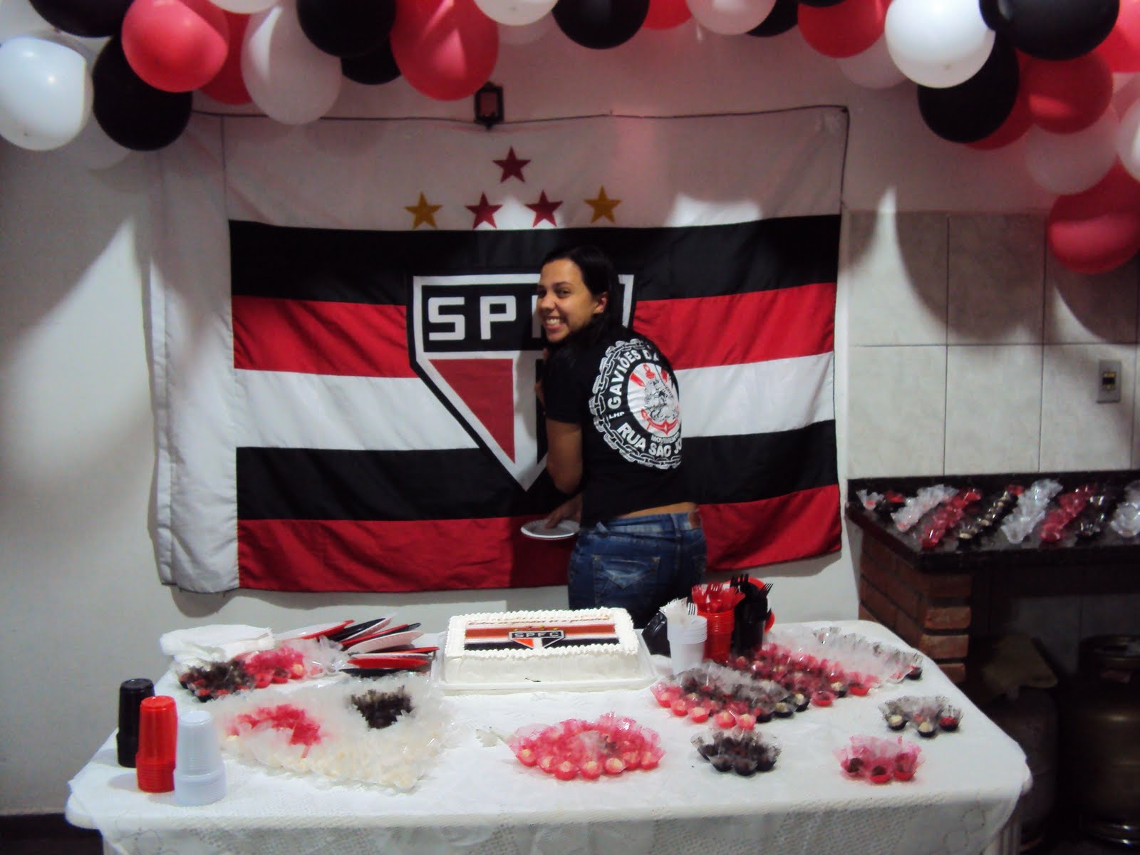 Assessoria em Eventos Festa Surpresa do Felipe  Tema São Paulo
