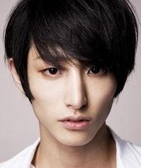 Biodata Lee Soo Hyuk Pemeran Kim Joon