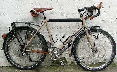 จักรยานทัวร์ริ่งแท้
