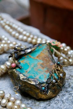 Turquoise detail.