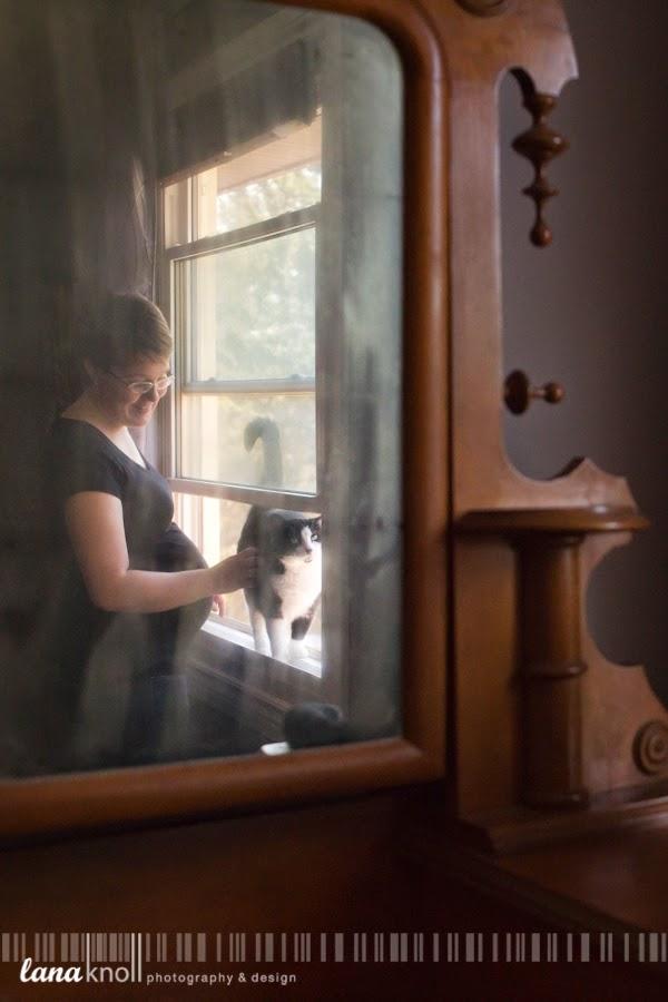 Kingston maternity photographer