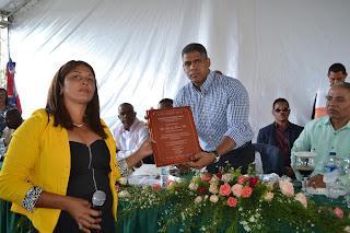 Comisión de seguimiento Presupuesto participativo reconoce a Regidor Loren Girón