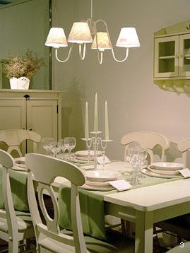 vai na bagagem ilumina o. Black Bedroom Furniture Sets. Home Design Ideas