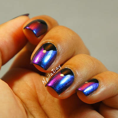 NailaDay: Hits Mari Moon Cutie Pie with black triangle half moons