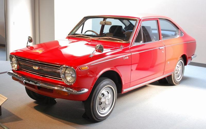 Toyota_Corolla-Sprinter_01