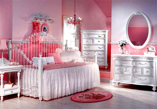 Dormitorios color rosa para ni as rom nticas dormitorios for Habitaciones para 4 ninas