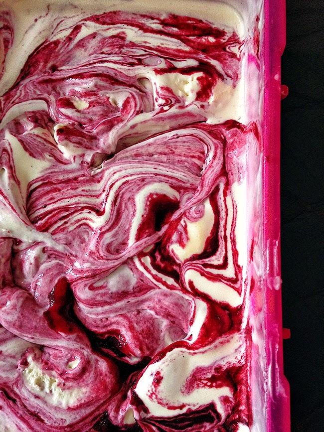 buttermilk and blackberry ice cream