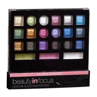 http://www.epocacosmeticos.com.br/beauty-in-focus-markwins-estojo-de-sombras/p
