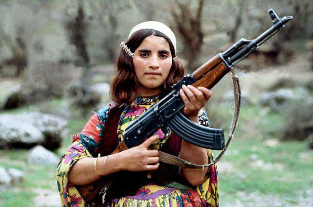 femra shqiptare me kallash