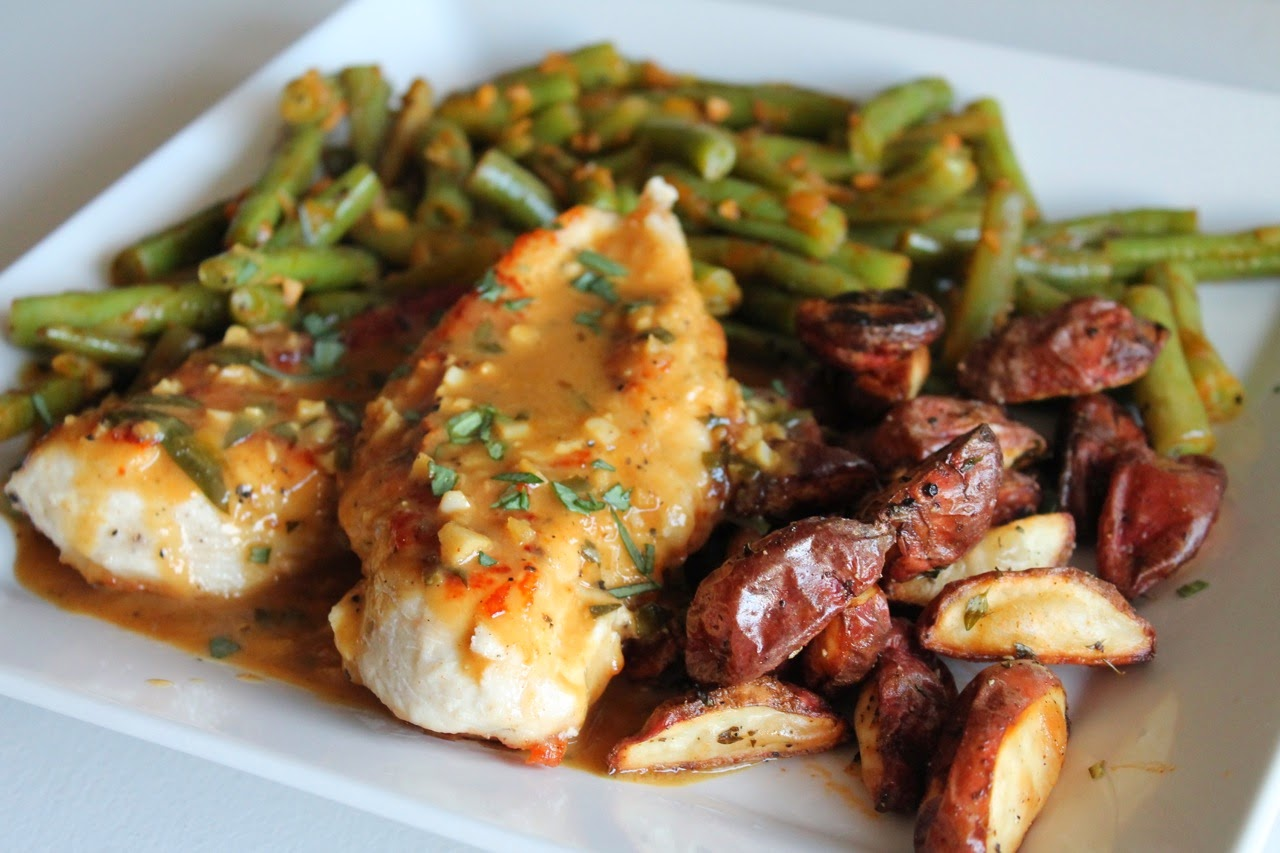... Dine Out: Sautéed Chicken Breasts with Tarragon-Lemon-Garlic Sauce