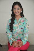 Aishwarya photo shoot gallery-thumbnail-13