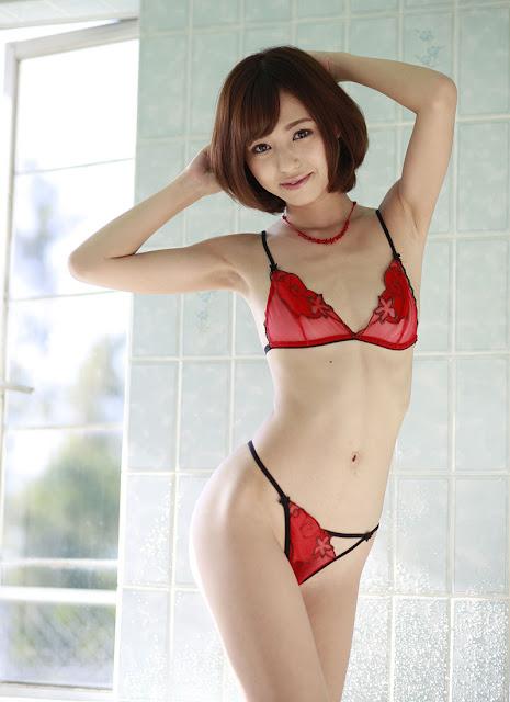 Aino Kishi 希志あいの Photos 01