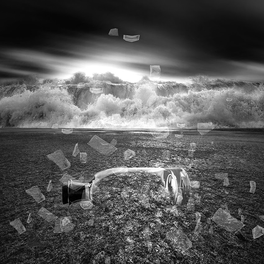 18-Vassilis-Tangoulis-Distorted-Dreams-in-Black-and-White-Photographs-www-designstack-co