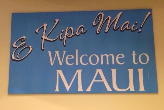 Maui jungalow e komo mai or e kipa mai which is more welcome e kipa mai sign at kahului harbor greeting cruise ship visitors to maui m4hsunfo