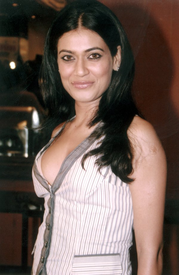 bollywood actresses payal rohatgi