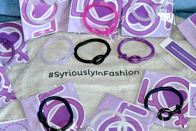 http://www.syriouslyinfashion.com/2015/11/love-it-lapillolasenzapillola.html