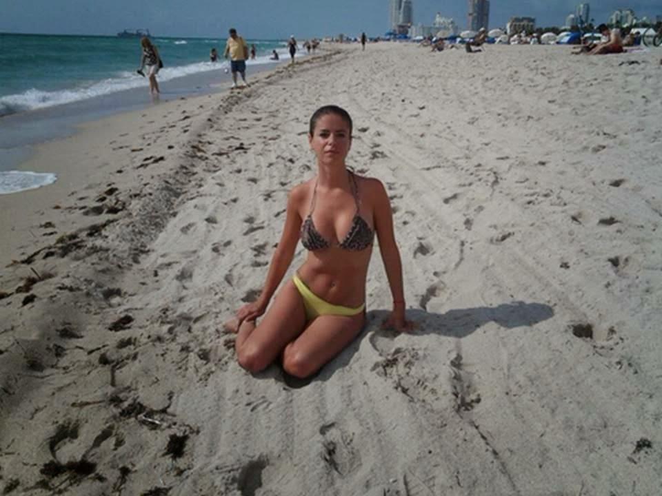 marianala mirra en la playa